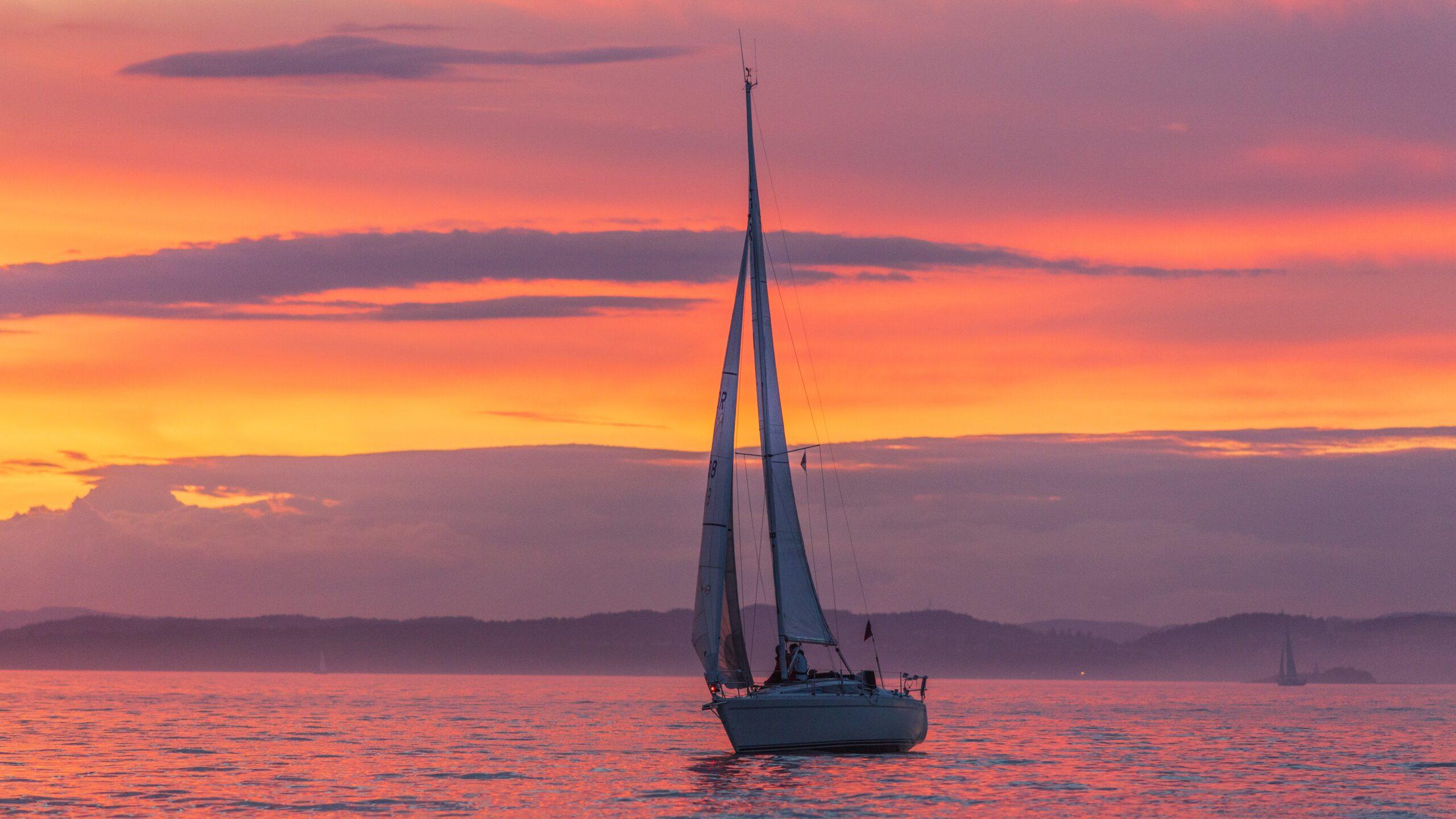 Sunset Sailing Tours